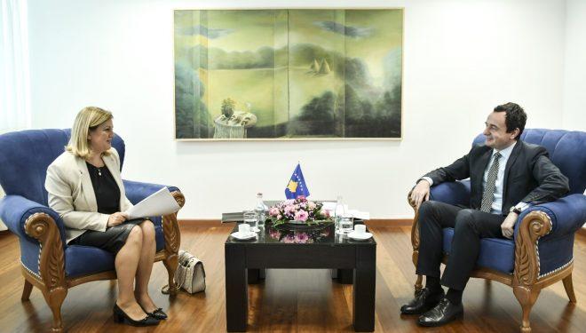 Kurti priti në takim deputeten shqiptare në Kuvendin e Kroacisë Ermina Lekaj-Përlaskaj