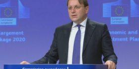 Komisioneri për Zgjerim i BE-së: Veprimet e njëanshme nuk janë zgjidhje, palët t'i kthehen dialogut