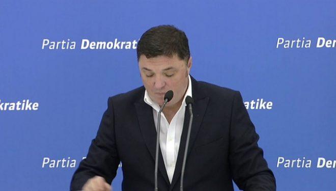 Çollaku i PD-së: Rama i ka shkaktuar Kosovës një dëm të jashtëzakonshëm në arenën ndërkombëtare
