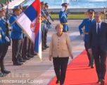 Vuçiq pas takimit me Merkel: Së shpejti nënshkruhet marrëveshja për autostradën Nish-Prishtinë