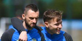 Inter dëshiron t'i mbajë Brozovicin dhe Barellan në ekip