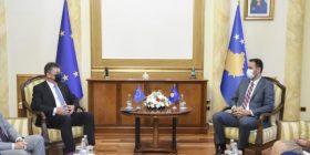 Konjufca Lajçakut: Integriteti territorial dhe pavarësia e Kosovës s'do të jenë temë e dialogut