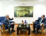 Kurti takon ambasadorin gjerman, flasin për bashkëpunimin ekonomik dhe tregtar mes Gjermanisë dhe Kosovës