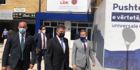 Përfundon takimi Lajçak- Abdixhiku, s'deklarohen për media